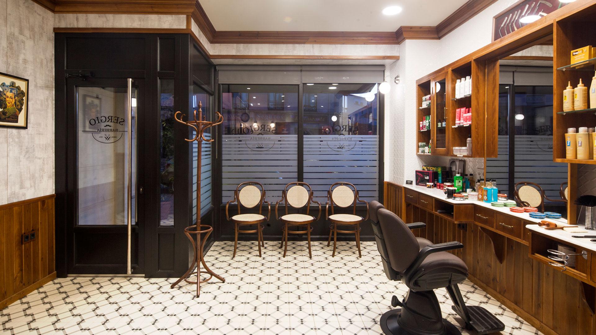 La Barber 205 A De Sergio Andrea Mu 241 Oz Dise 241 O